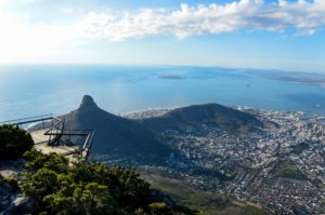 Lion's Head vista da Table Mountain em Cape Town