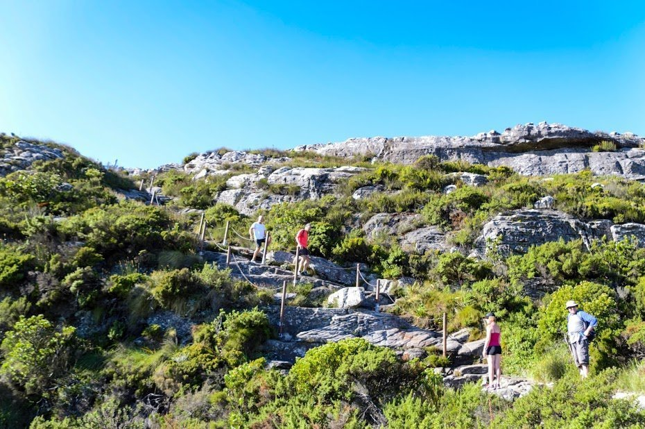 Sobe e desce na trilha da Table Mountain