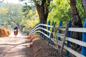cidades históricas de minas - Estrade de Terra a no interior de Minas Gerais